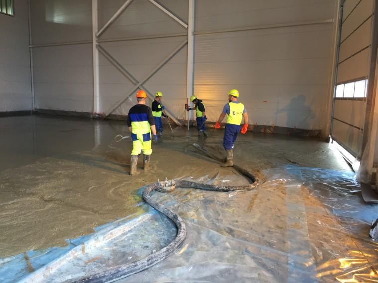 Koro Būve grīdu betonētāji