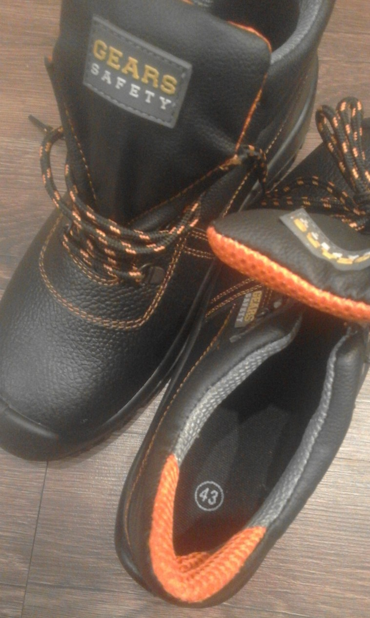Darba apavi