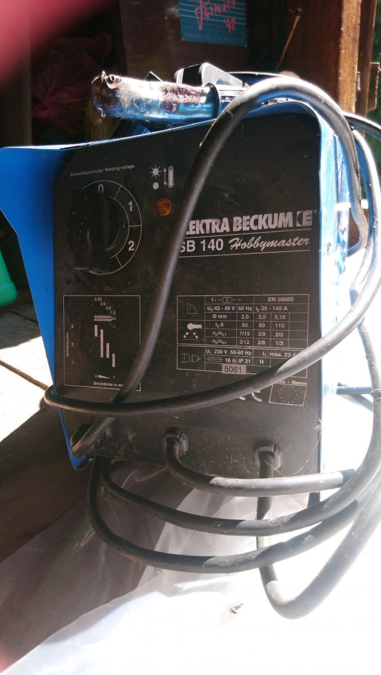 Metinamais aparāts elektrodu