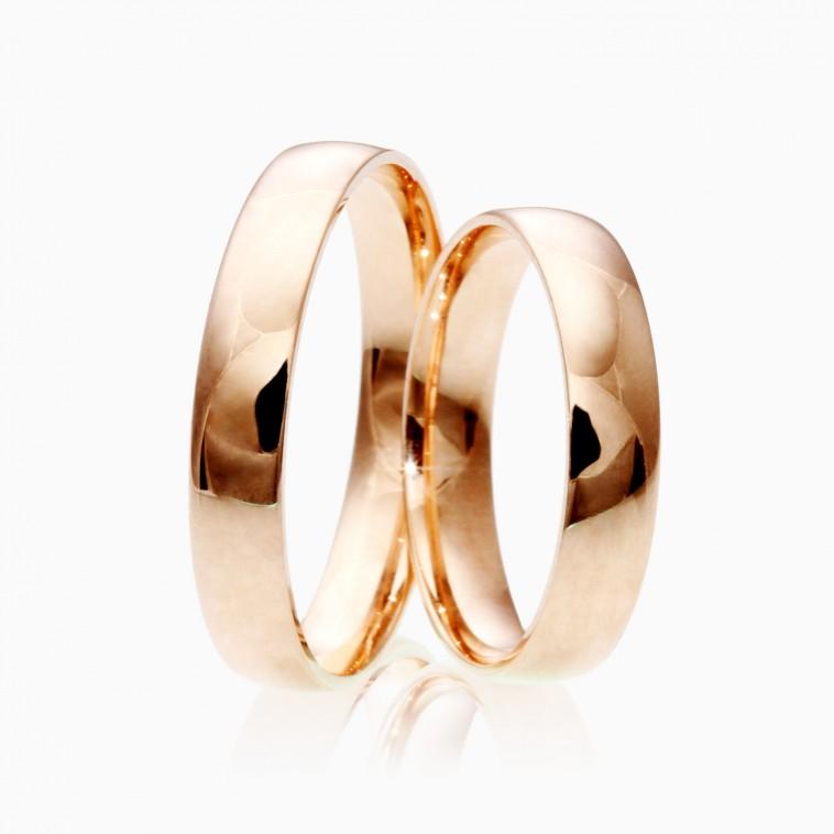 Laulības gredzeni pārdošanā