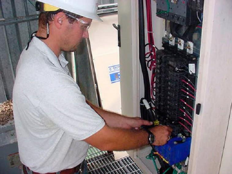 Elektriķa pakalpojumi Saulkrastos